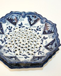 Royal Tichelaar Makkum Blue & White Hand Painted Fruit Strainer