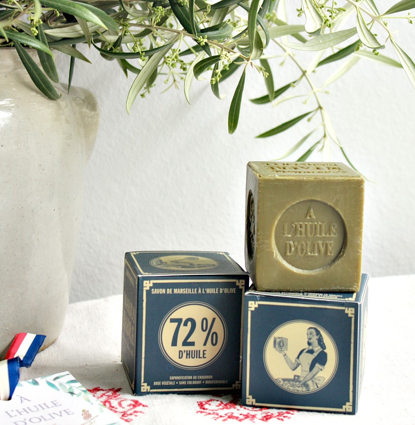 Marseille Soap Cubes with Olive Oil Gift Set 3