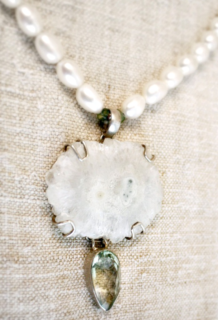White Agate & Amethyst Sterling Pearl Necklace