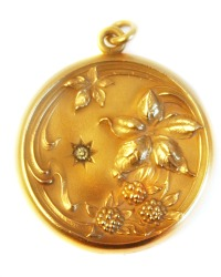 Antique Star Crossed Berries Locket