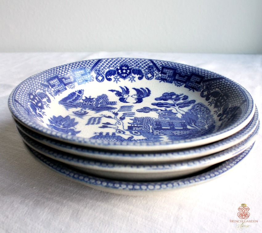 Vintage Blue Willow Chinoiserie Bowl Large Set of 4