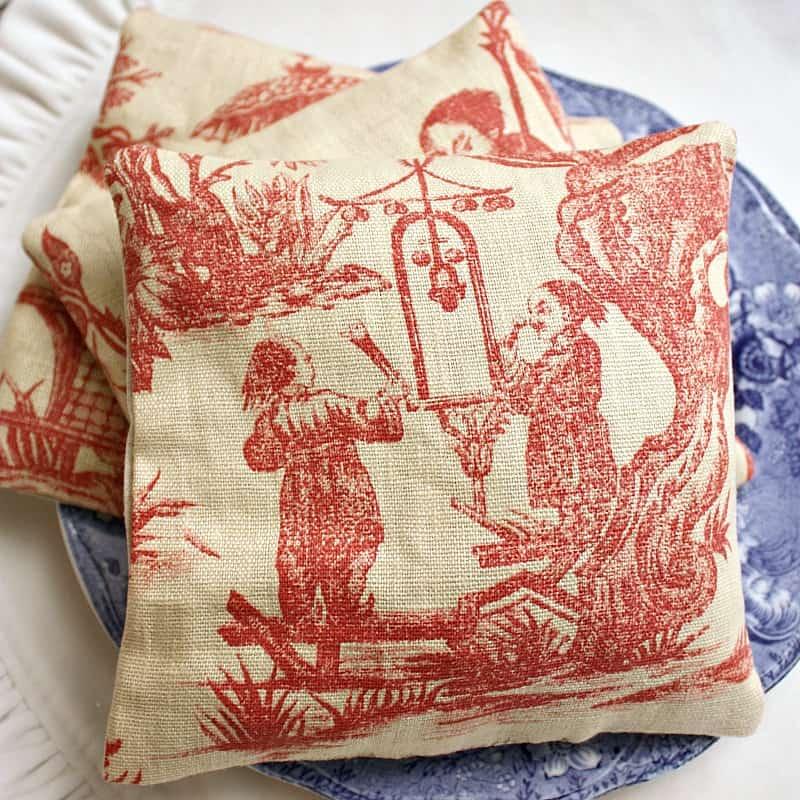 Chinoiserie Linen Balsam Sachet Pillow