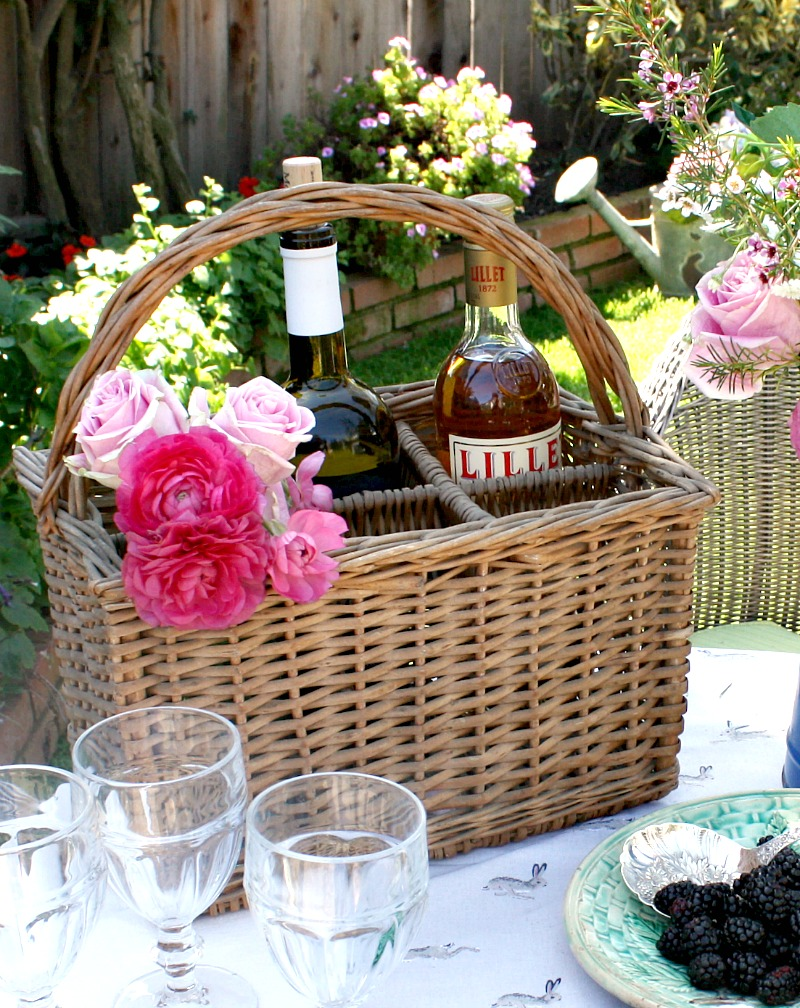 French Wicker Wine Bottle Carrying Basket