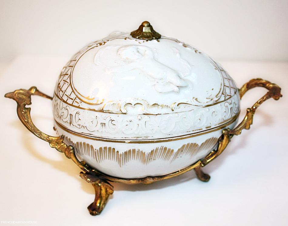 19th Century French Old Paris Porcelain Cherub Gilt Egg