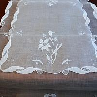 Vintage Madeira Lily Floral Organdy Placemat & Runner Setting for 8