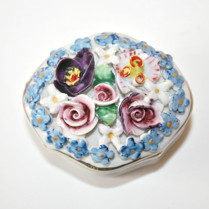 Miniature Porcelain Elfinware Flower Covered Box Oval