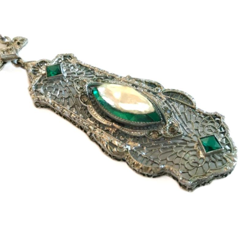 Antique Vauxhall Green Sterling Necklace
