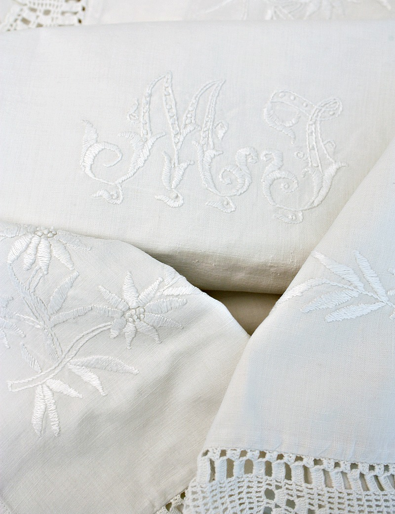2 Stunning Antique Linen Pillow Shams Monogrammed M J