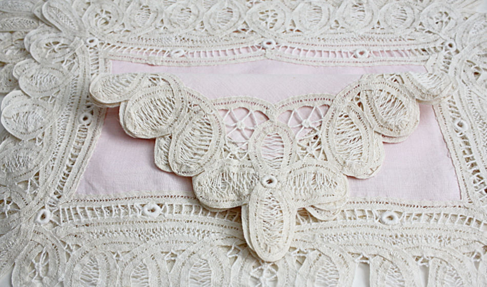 Antique Battenberg Lace and Pink Linen Place Setting for 8 and Runner