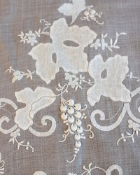 Heirloom Estate Madeira White Grape Leaf Organdy Table Runner