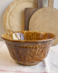 Caramel Brown Glazed Country Yellow Ware Spatter Mixing Bowl