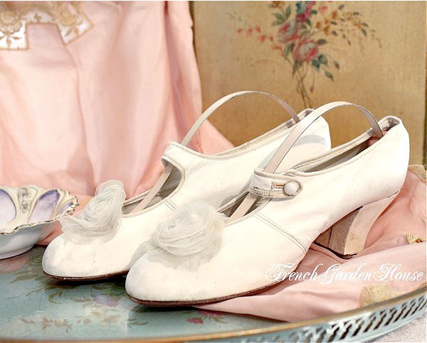 Antique Victorian White Leather Bridal Wedding Shoes