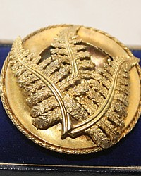Antique 19th Century Aesthetic Memorial Pin Brooch Gold Fern