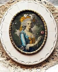 Antique Miniature Portrait Frame Marie Antoinette Oval
