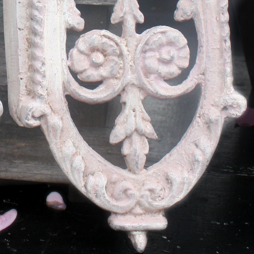 Architectural Pink White Fragment Pair