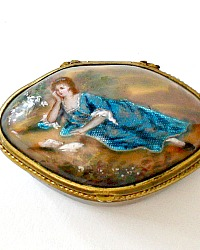 Exceptional Rare Antique Hand Painted Enamel Portrait Bonbonniere or Snuff Box
