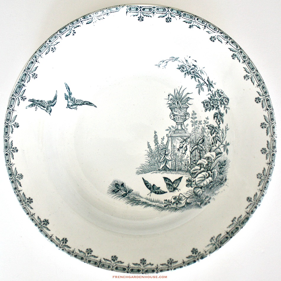 19th Century French Terre de Fer Assiete Cruise Bowl Birds