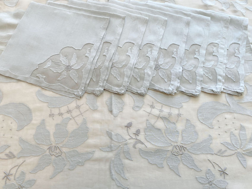 "Floral Vintage Madeira Hand Embroidered 102"" Tablecloth & 12 Napkins"