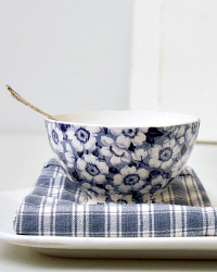 Antique Maastricht Blue & White Blossom Cafe au Lait Bowl