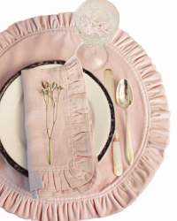 European Pink Rose Velvet Ruffled Placemat
