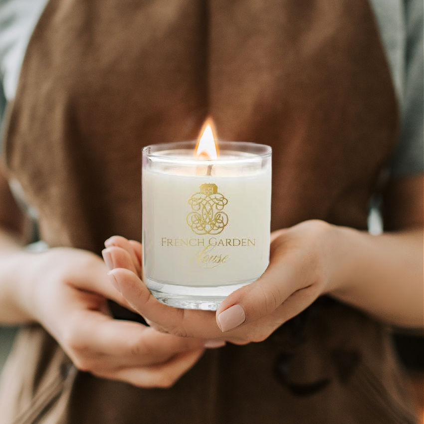 Luxury  Le Lac Château Candle