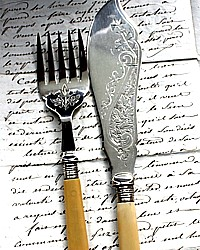 Antique Estate Vctorian Silver Engraved Fish Serving Set