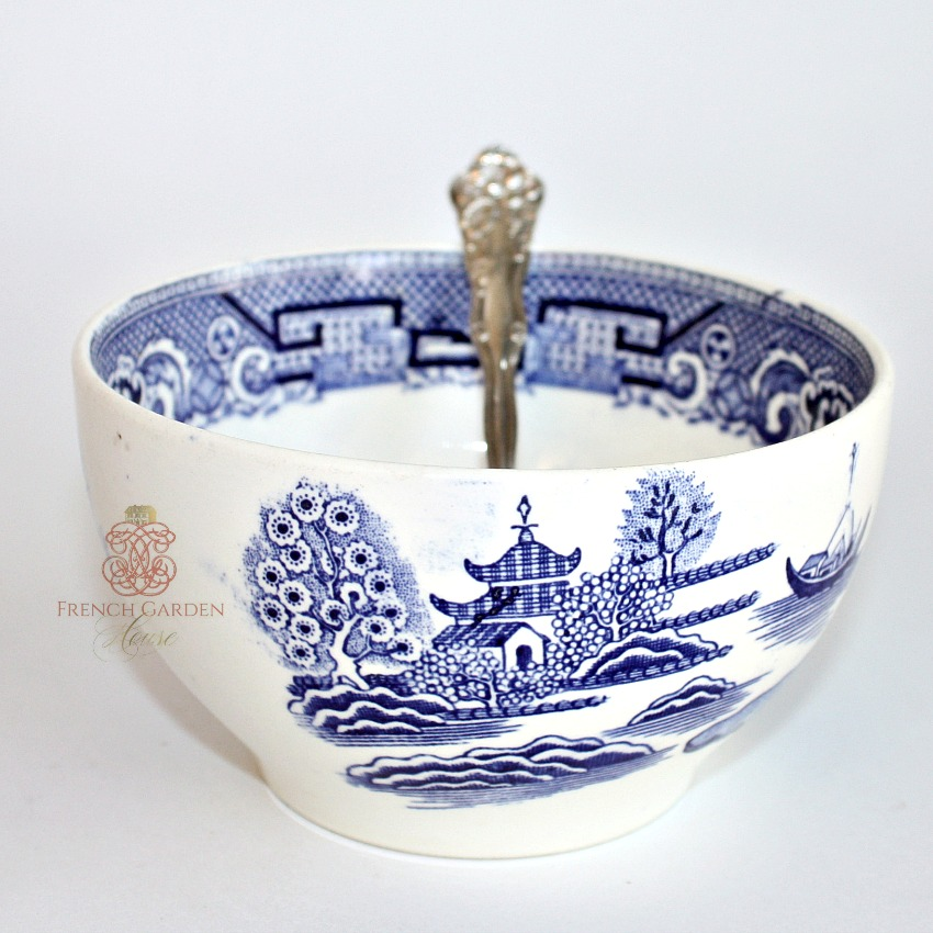 Antique Blue Willow Chinoiserie Ironstone Bowl