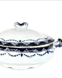 19th Century English Cobalt Flow Blue Covered Petit Tureen