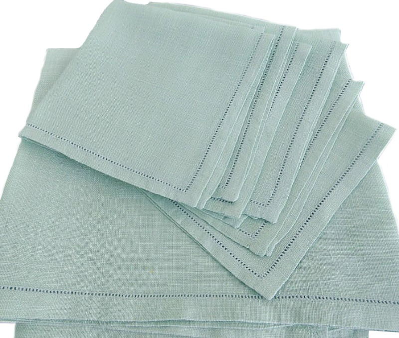 Pale Green Linen Tea Topper with Napkin Setting for 4