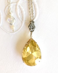 Champagne Dreams Teardrop Rhinestone Pendant Necklace