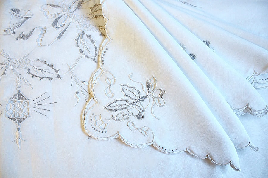 Exceptional Madeira Hand Embroidered Christmas Holiday Tablecloth and 12 Napkins
