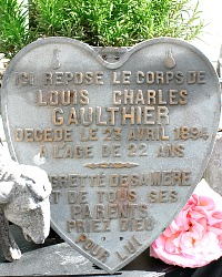19th Century Large French Memorial Metal Cemetery Plaque Heart