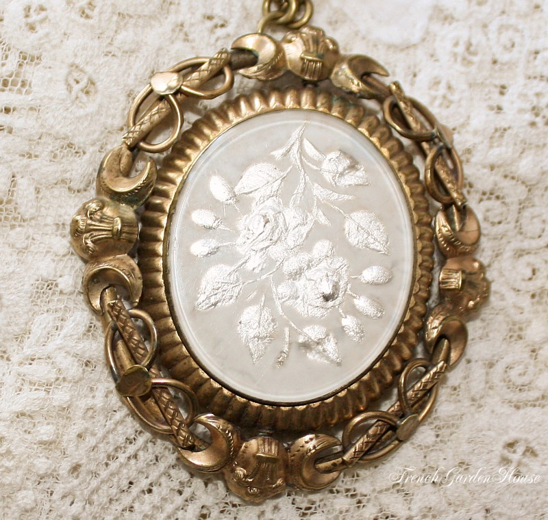 Antique White Roses Swivel Locket Mourning Jewelry Necklace