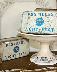 Vintage French Pastilles Vichy-Etat Candy Tin