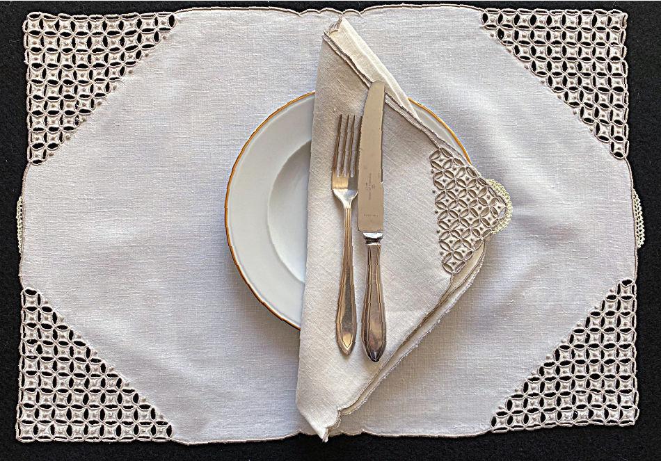 Vintage Marghab Ponto Grega Placemat Setting for 8