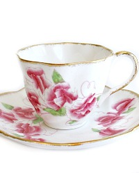 Vintage Hand Painted Pink Sweet Pea Floral Tea Cup & Saucer