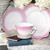Antique Pink Ruffled Lustreware Tea Cup Trio