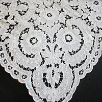 Vintage White Floral Cutwork Lace Tablecloth