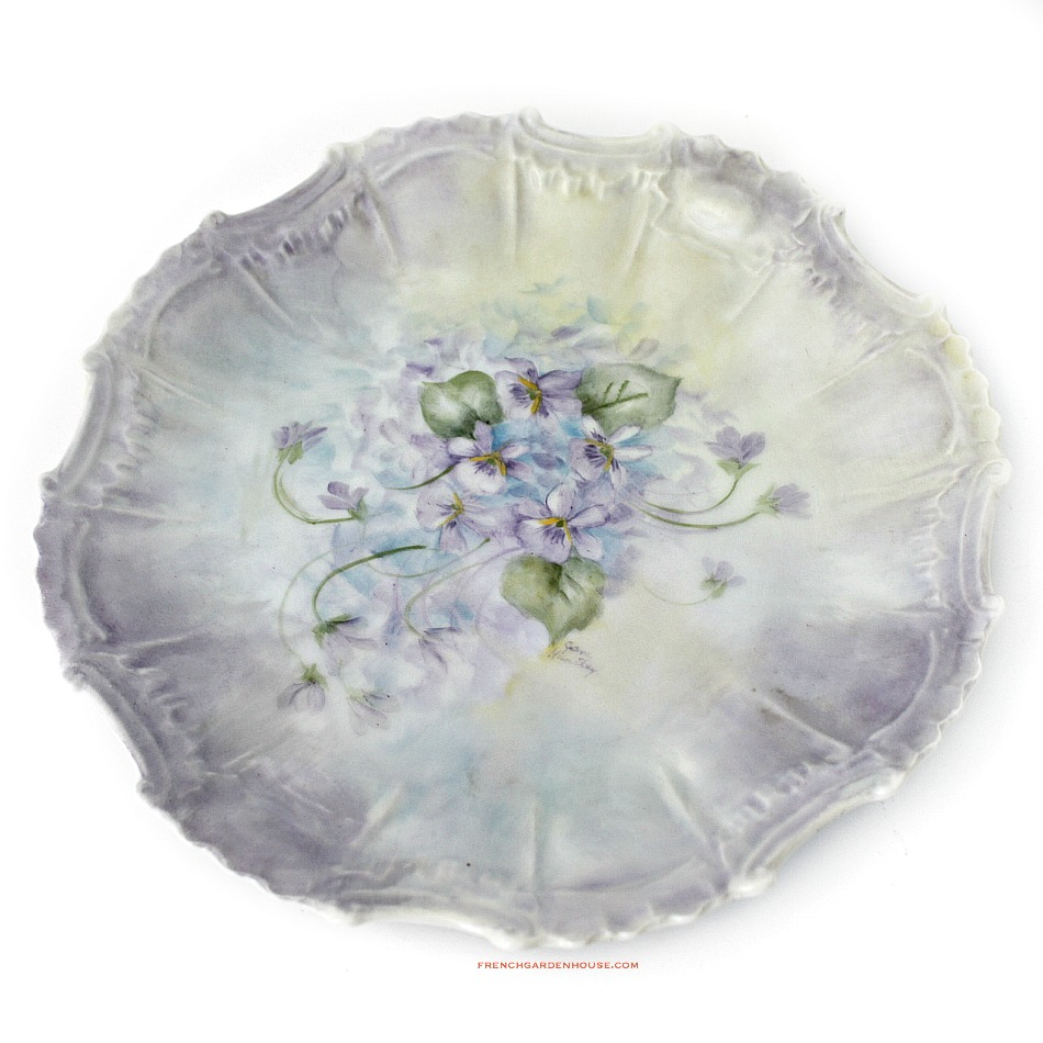 Exceptional Hand Painted Limoges Violets Cabinet Plate Artist Signed