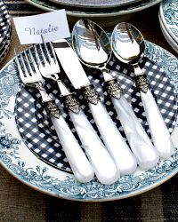 White Pearl 5 pc Place Setting