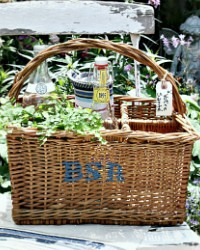 French Country Hand Woven Wicker Wine Bottle Carrier