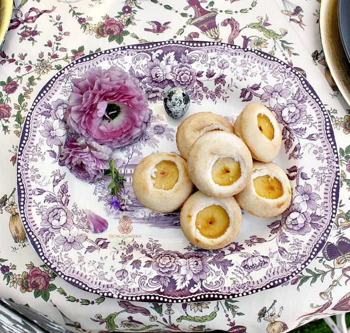 antique-mulberry-platter